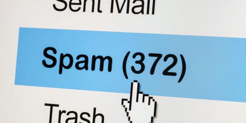 Вам тоже приходят пустые письма? Это опасный спам