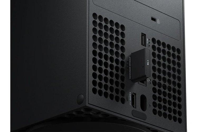 Внешний SSD ёмкостью 1 ТБ для Xbox Series X и S доступен за $220