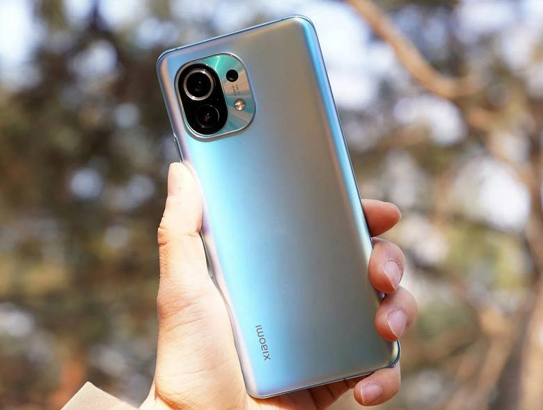 Xiaomi, это уже не смешно. Руководство Xiaomi обещает взять в руки отвёртки и помочь собирать смартфоны Xiaomi Mi 11