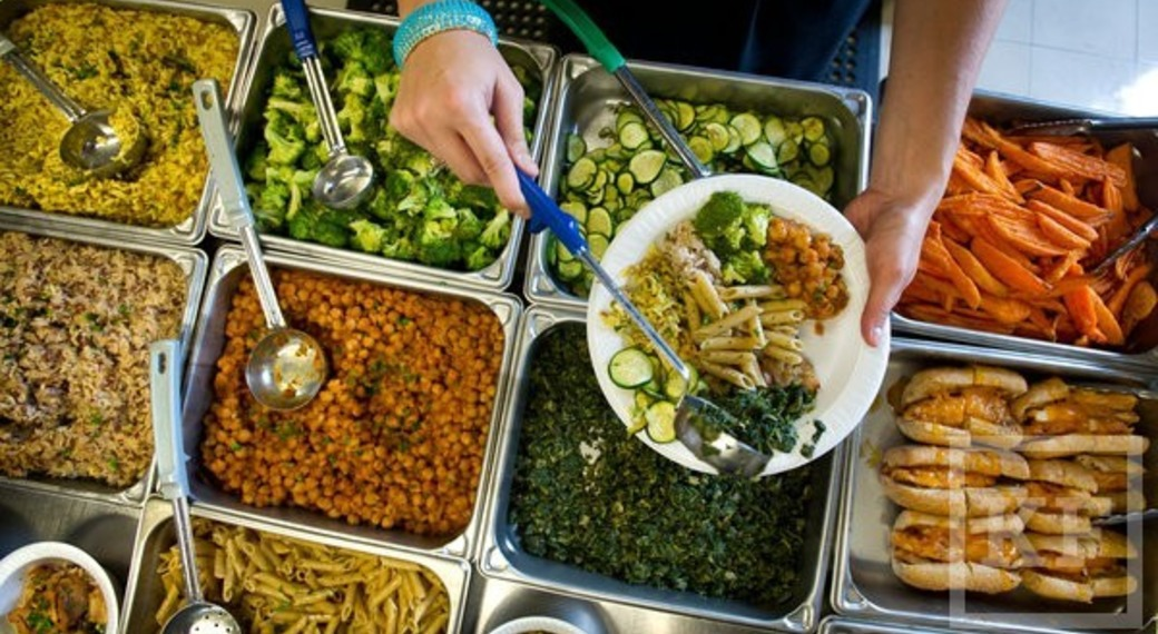 В школах могут появиться штатные диетологи для контроля качества питания