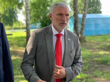 Депутат ГД призвал власти Новосибирска исправить ситуацию со здравоохранением