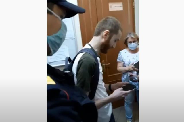 Изображая жертву. Как «отличился» журналист Френкель?