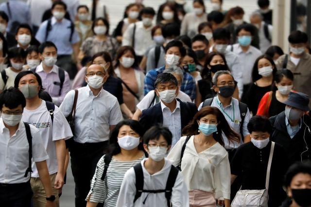 Токио третий день подряд бьет рекорд по заболеваемости коронавирусом