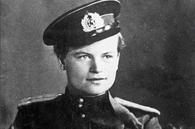 «Фрау Черная Смерть». История девушки, ставшей офицером морской пехоты