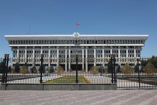 ЦИК Киргизии рекомендует провести перевыборы в парламент 20 декабря