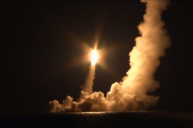 Журнал в США назвал испытание ракет «Булава» «превью конца цивилизации»