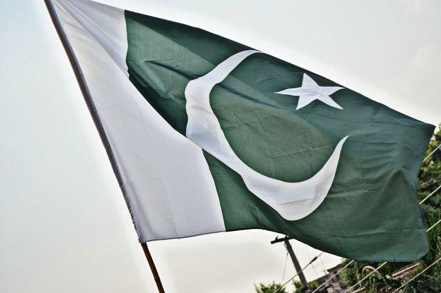 Двое пакистанских военных погибли при взрыве на границе с Афганистаном -СМИ