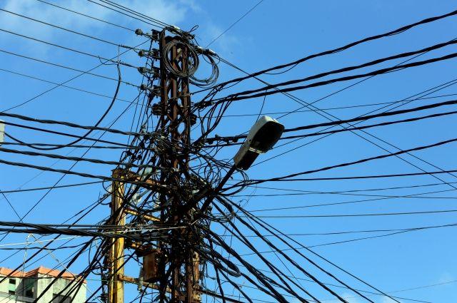 Ливан остался без электричества из-за остановки двух крупнейших станций
