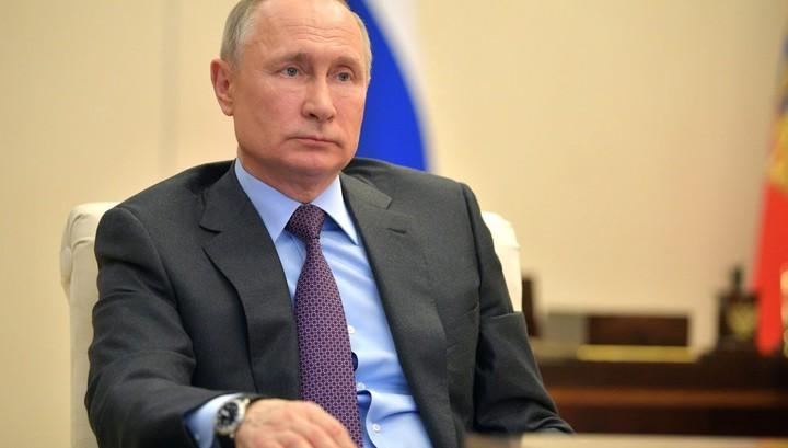 Путин подписал закон о господдержке: удвоены детские пособия