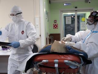 Двенадцать человек скончались от коронавируса в Москве за минувшие сутки