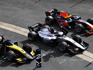 Мазепин выиграл гонку 'Формулы-2' в Великобритании, Шварцман – 14-й