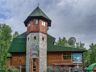 СК считает директора турбазы причастным к гибели семьи на Алтае