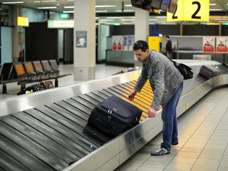 Правительство введет льготные авиабилеты для семей с детьми