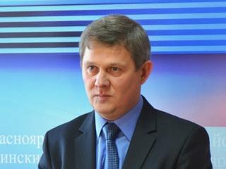 В Красноярском крае задержали чиновника, обманывавшего детей-сирот