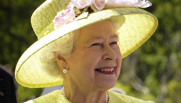 Елизавета II впервые отметит день рождения без салюта
