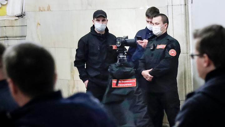 Пропуска проверяют на всех станциях московского метро