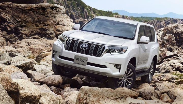 Новый Toyota Land Cruiser Prado могут превратить в... кроссовер