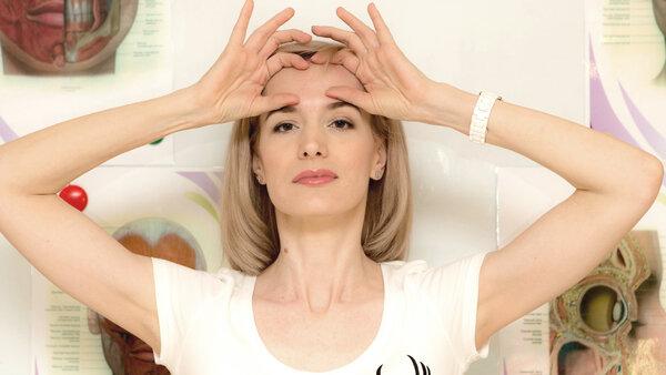 Гимнастика Кэрол Маджио: пошаговые упражнения для лица и шеи