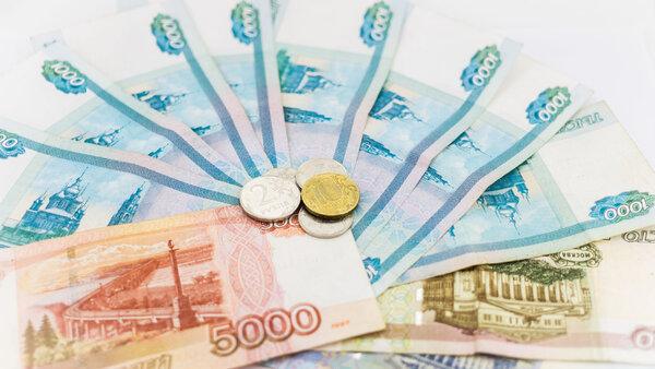 Как получить новые «путинские» выплаты для семей с детьми