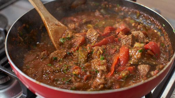 Солянка по-грузински: рецепт от шеф-повара Александра Бельковича