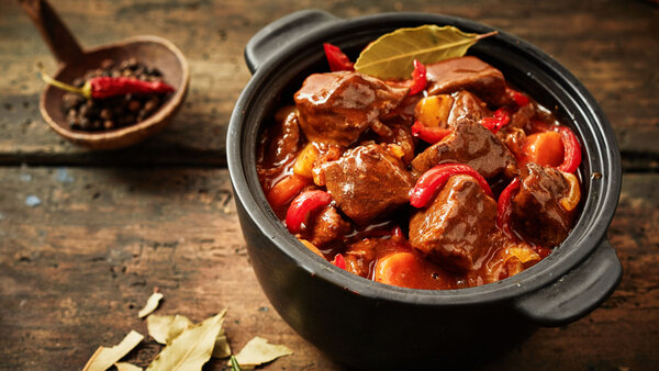 Овощное рагу с мясом и пряным чили: рецепт простого и вкусного блюда