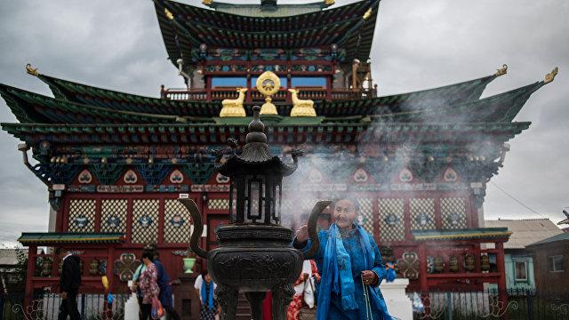 Асахи симбун (Япония): странное очарование азиатской России. Бурятия – центр буддизма в России
