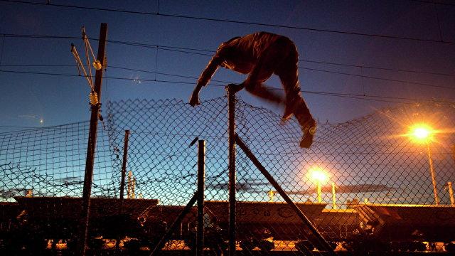 Гетто невидимок: они скрыты от глаз, но с высоты птичьего полета палаточные городки нелегалов в Европе производят ужасающее впечатление (L'Espresso, Италия)