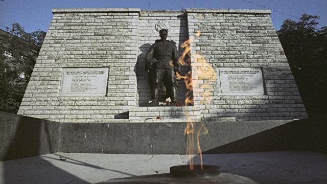 Ансип не сожалеет о событиях 2007 года: Бронзового солдата нужно было перенести гораздо раньше (Delfi, Эстония)
