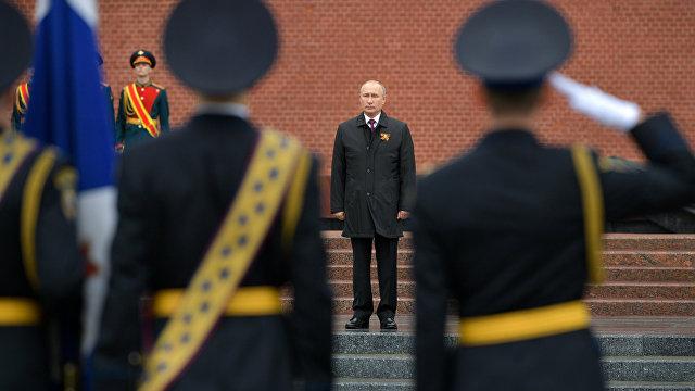NHK (Япония): шатающаяся под коронавирусом путинская власть. Путин решил форсировать военный парад и всенародное голосование по поправкам к Конституции
