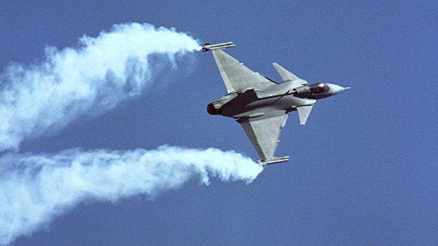 Defense News (США): руководство шведской армии подталкивает Финляндию принять предложение Saab по Gripen