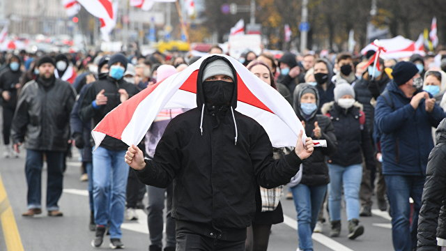 Создатель канала НЕХТА: после отключения страны от системы SWIFT режим рухнет в течение нескольких дней (Polskie Radio (Польша)