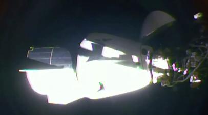 Crew Dragon приступил к снижению с орбиты