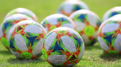 Умяров не считает себя и партнёров по «молодёжке» звёздами российского футбола