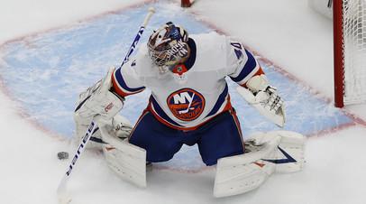 Варламов эффектно отпраздновал победу над «Тампой» в пятом матче серии плей-офф НХЛ