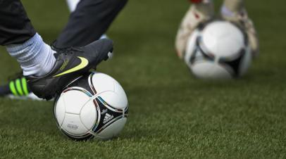 Перенёсший сердечный приступ в матче молодёжного Кубка Англии футболист скончался в больнице