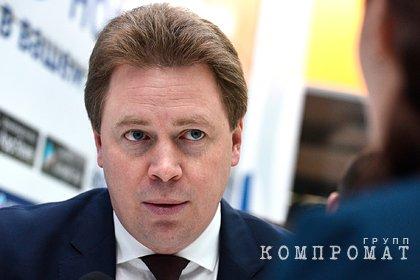 В России оштрафовали обматерившего людей в аэропорту уволенного замминистра