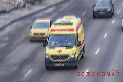 Подросток без прав сбил женщину и ребенка в Москве