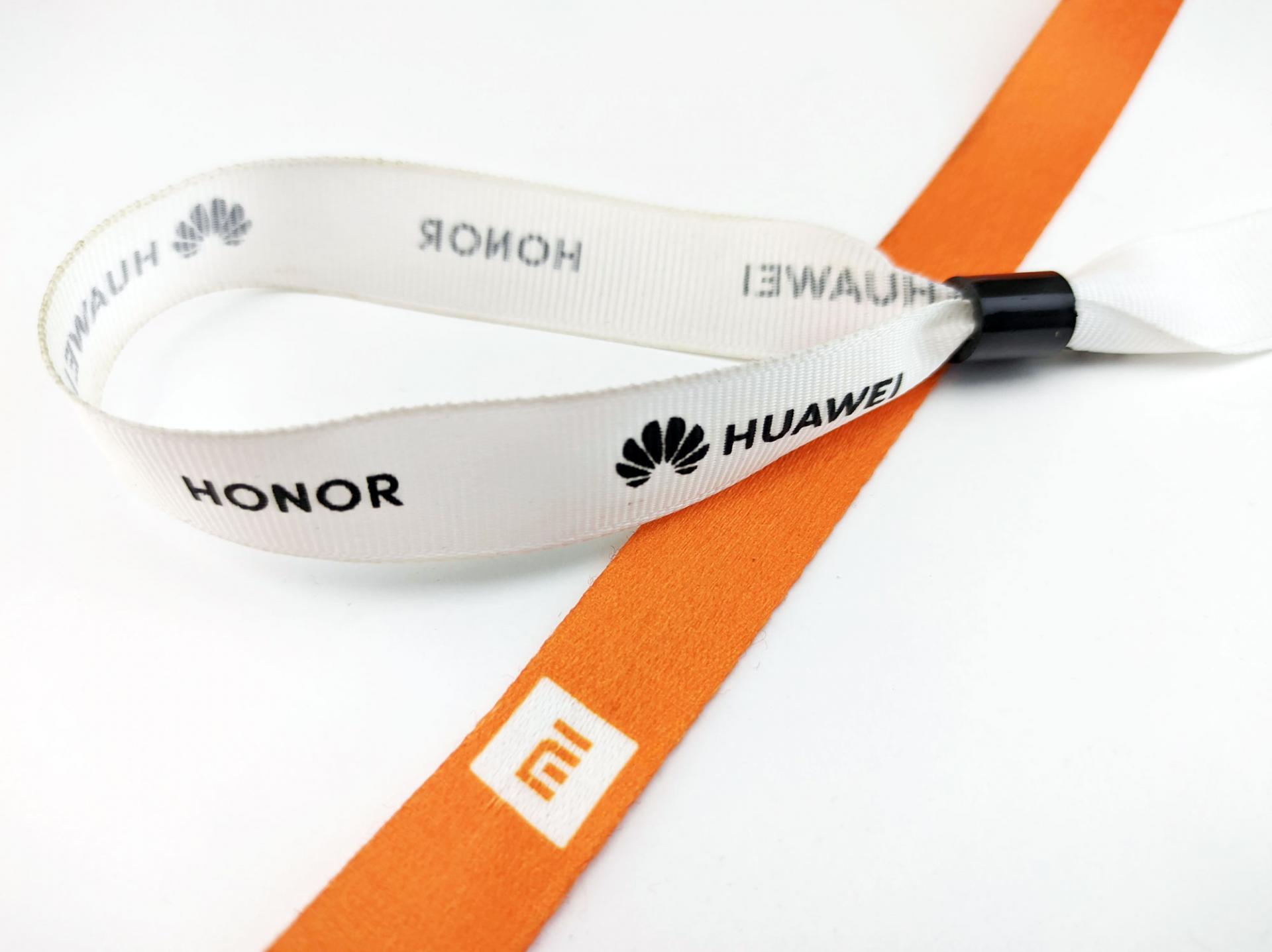 Любите Honor? Бренд может купить Xiaomi