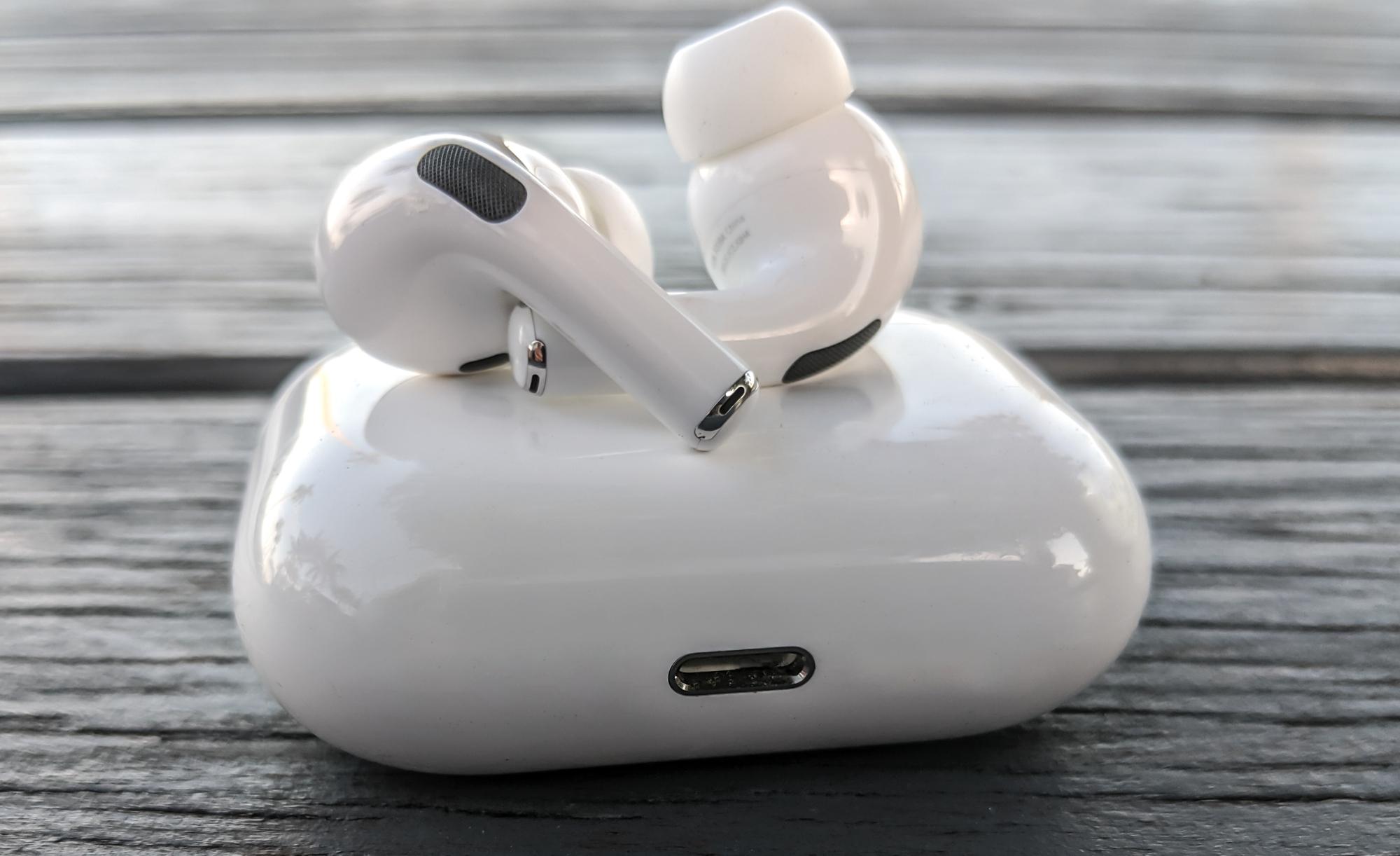 Слух: AirPods 3 получат функцию Spatial Audio, как в AirPods Pro и будут стоить около $150