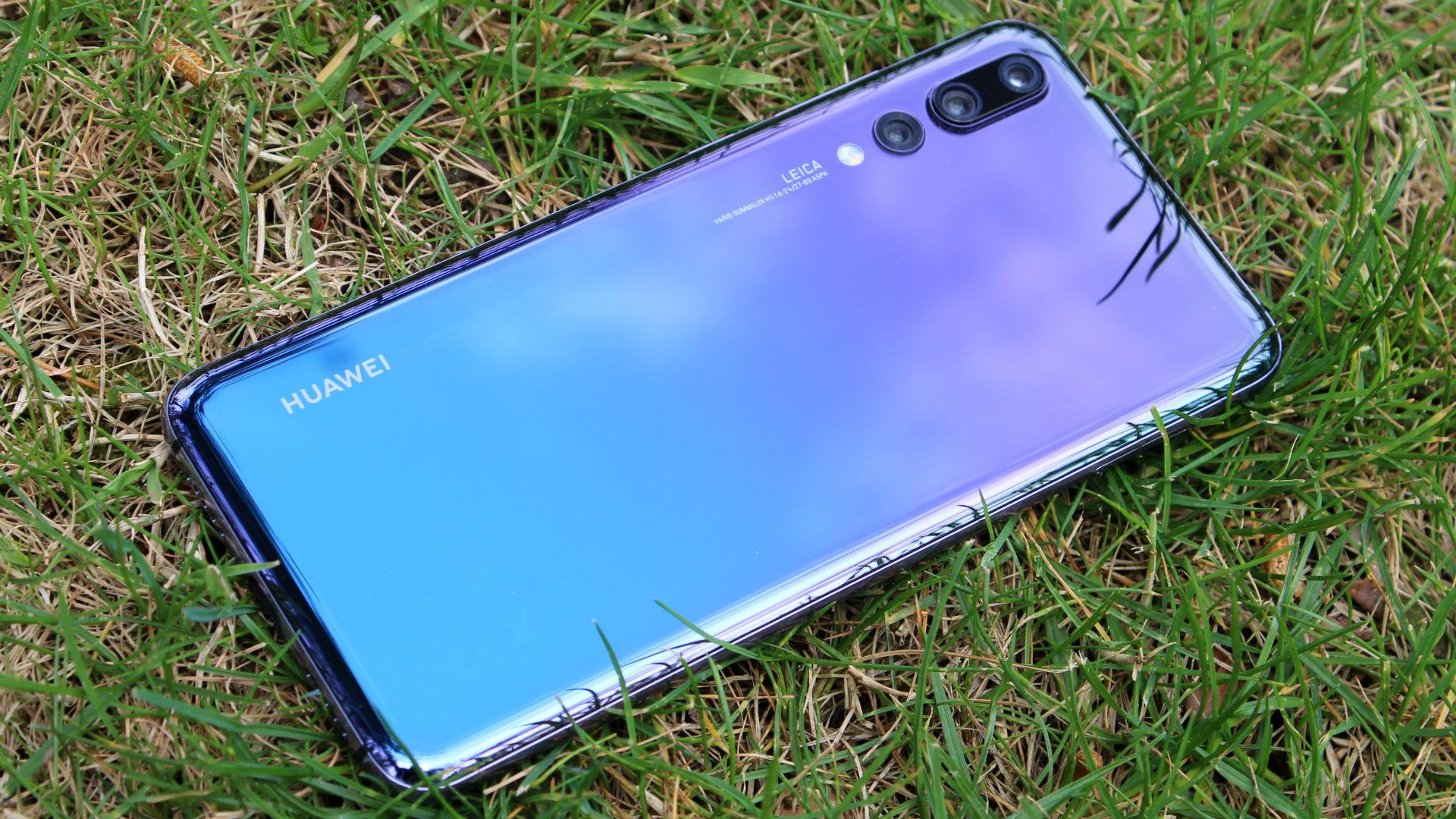 Huawei P20 и Huawei P20 Pro, наконец-то, получили обновление Android 10 с оболочкой EMUI 10 за пределами Китая