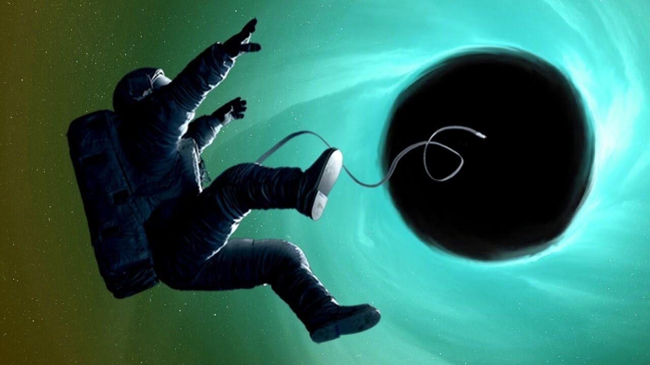 Что будет, если попасть в черную дыру?