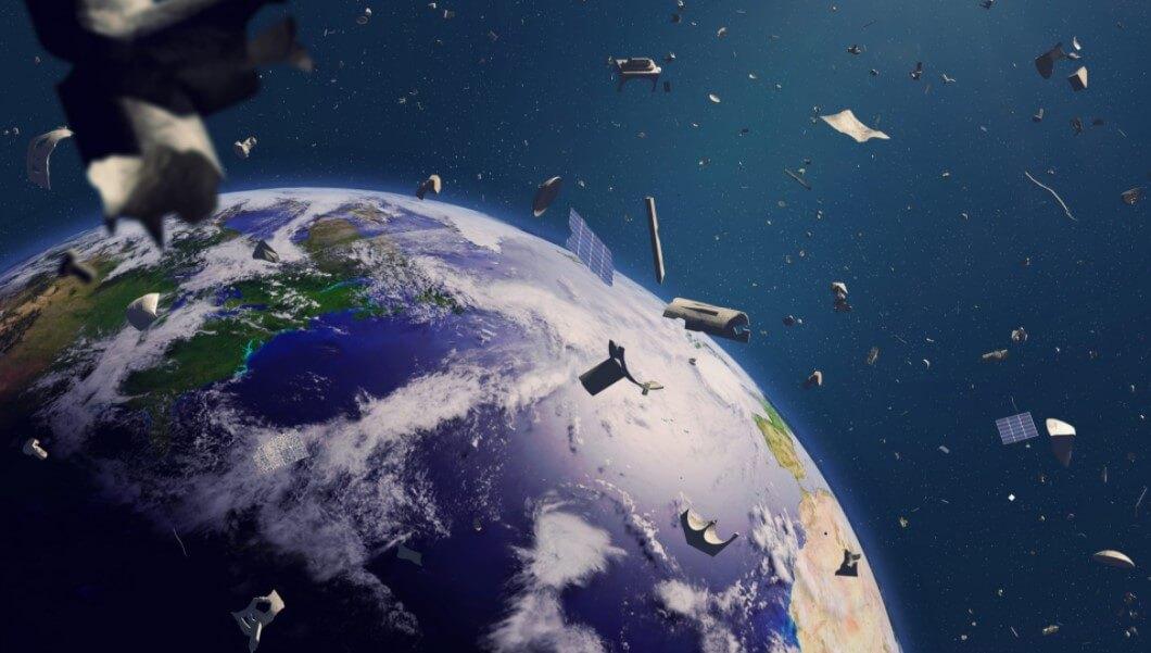 На земную орбиту вернулась потерянная часть ракеты XX века