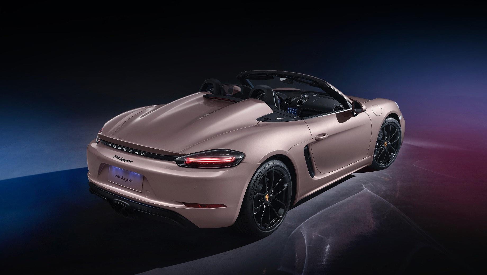 Китайцы получили тщедушный Porsche 718 Spyder