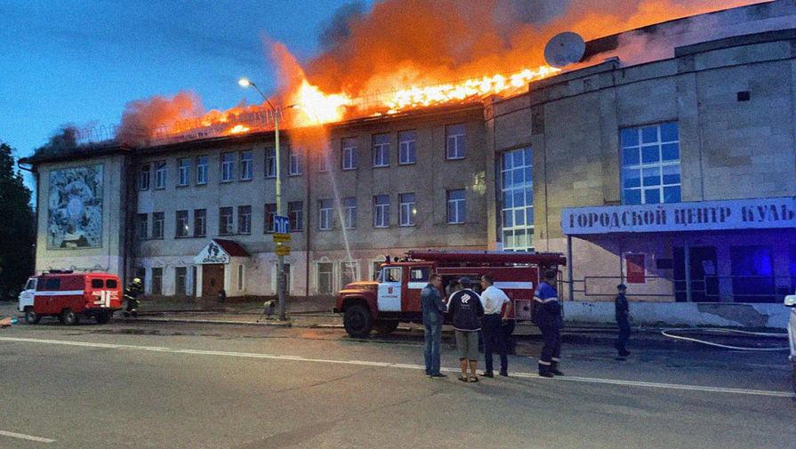 Пожарные локализовали возгорание в Доме Культуры Гусь-Хрустального