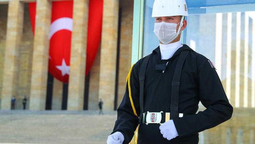 Число выявленных случаев заражения COVID-19 в Турции составило 154,5 тысячи человек