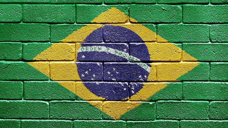 Число выявленных случаев коронавируса в Бразилии превысило 330 тысяч