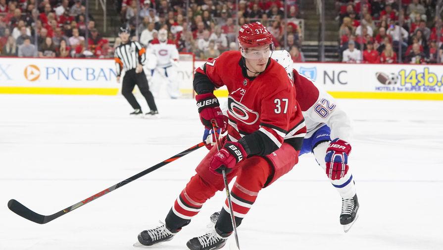 'Каролина' обыграла 'Рейнджерс' в матче плей-офф НХЛ