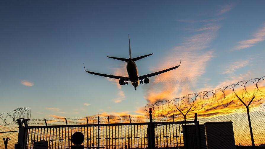 Самолет со сработавшим датчиком отказа тормозов сел в Шереметьево