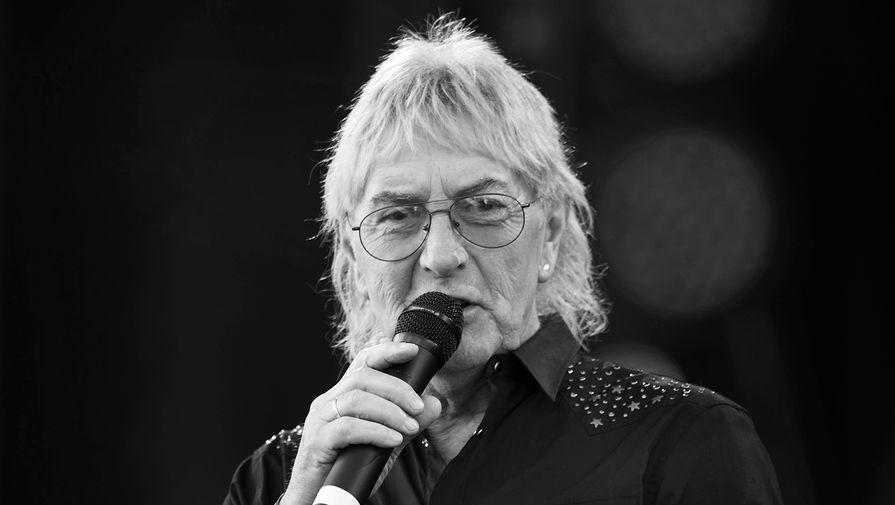 Умер бывший вокалист рок-группы Uriah Heep Джон Лоутон