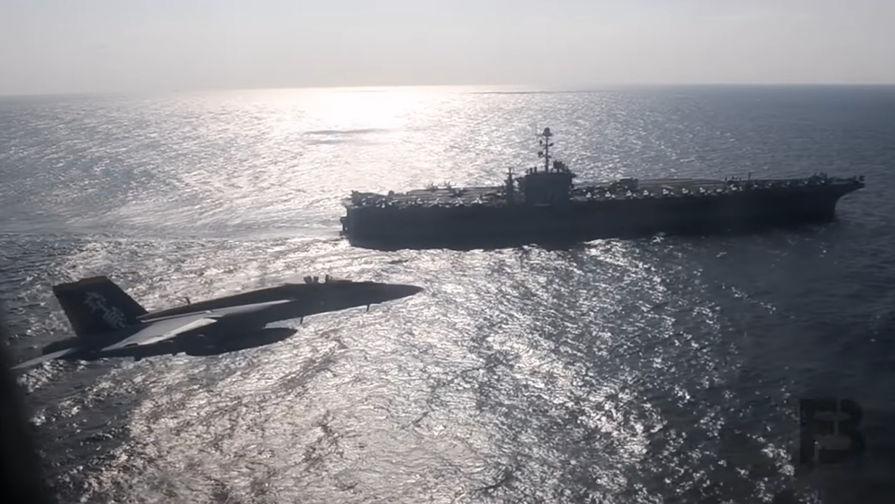 В сети появилось видео полета российского Ил-38 возле американского авианосца